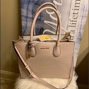 Micheal Kors Large satchel